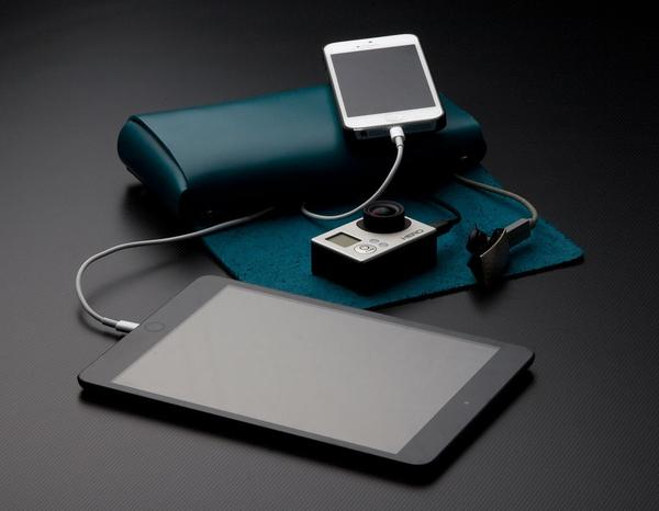 AViiQ Mini Folio Portable Charging Station