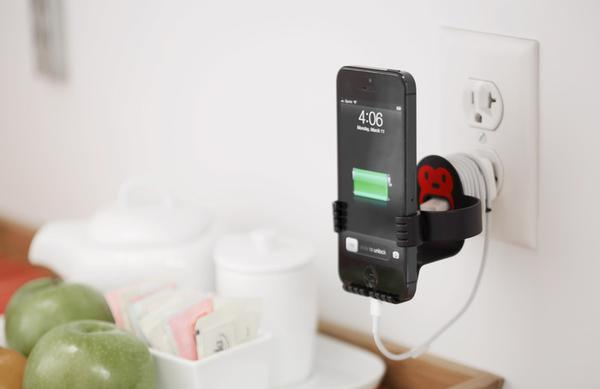 MonkeyOh iPhone Stand and Charging Dock
