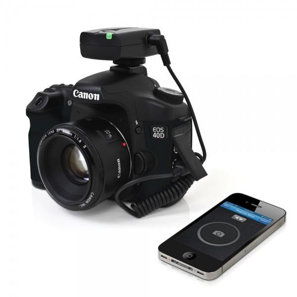 Satechi Bluetooth Smart Trigger for Your iOS Devices and DSLR Camera