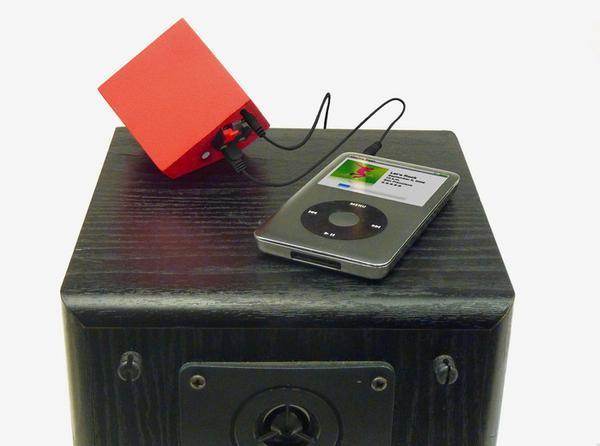 The Vamp Turns Your Speaker into Portable Wireless Speaker