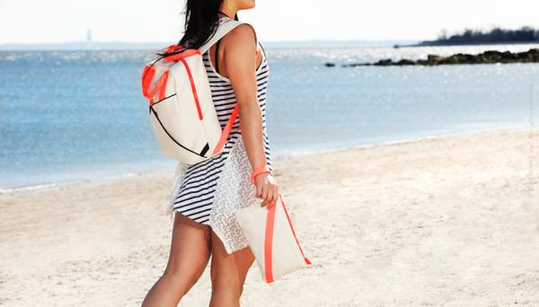 The Shake Sand Resistant Beach Bags for Your Beach Time | Gadgetsin