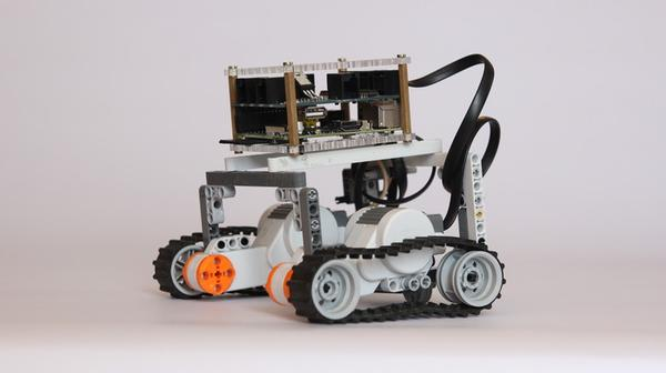 BrickPi Turns Your Raspberry Pi into a LEGO Robot