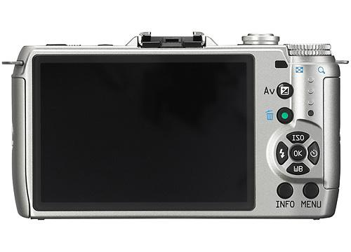 Pentax Q7 Mirrorless Camera