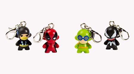 Kidrobot Marvel Munny Zipper Pull Vinyl Keychain Gadgetsin