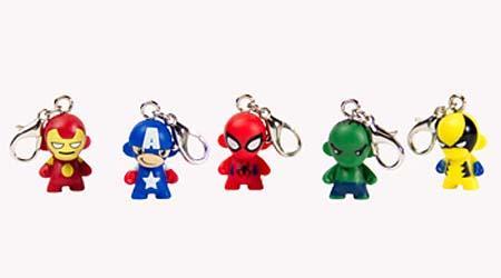Kidrobot Marvel MUNNY Zipper Pull Vinyl Keychain