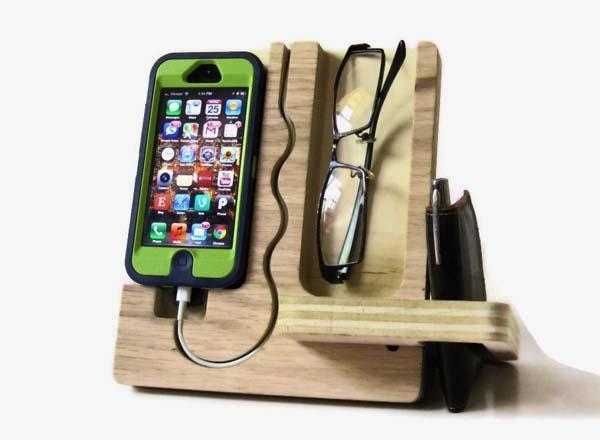 The Handmade Wood iPhone Dock