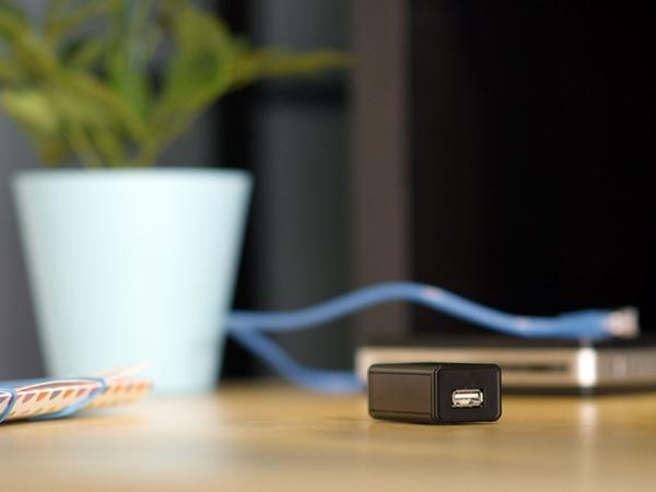 The Plug Turns External Hard Drive into Cloud Storage Device