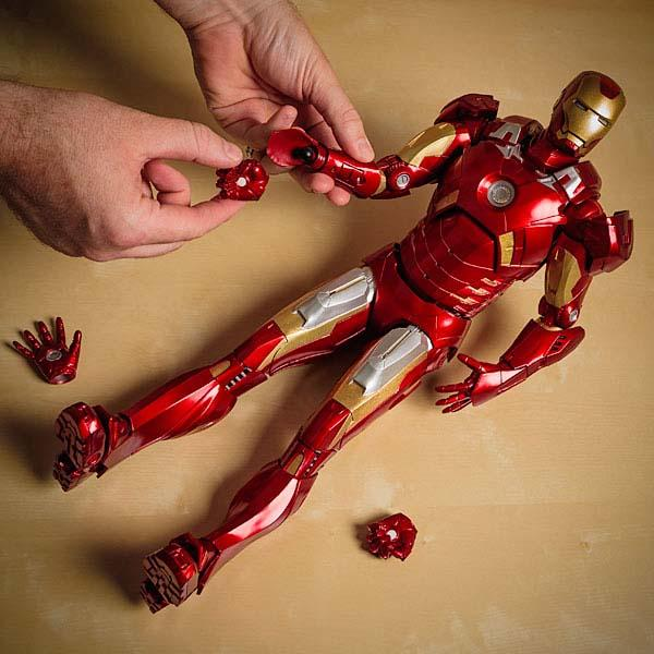 The Quarter Scale Limited Edition Iron Man Action Figure