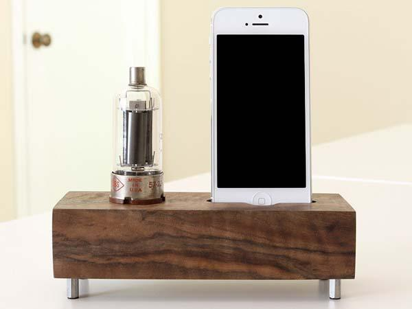 The Handmade Docking Station with Vacuum Tube for iPhone 5