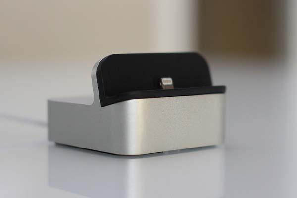 EverDock Docking Station for Android and iOS Devices