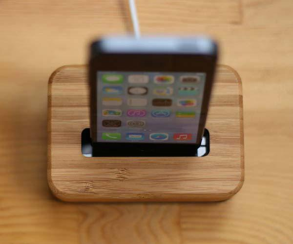 Grove iPhone Dock