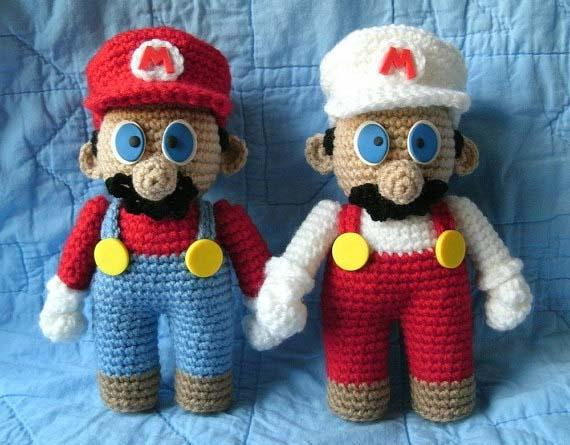 Amigurumi Super Mario Pattern : Super Mario Bros Inspired Crochet Amigurumi Dolls Gadgetsin