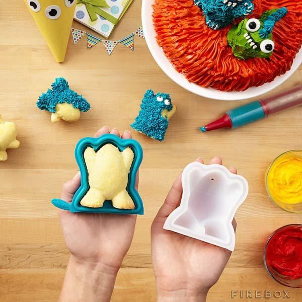 The 3D Cake Mold Set