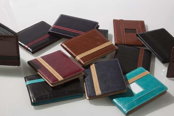 The Articulate Slim Wallet 2.0