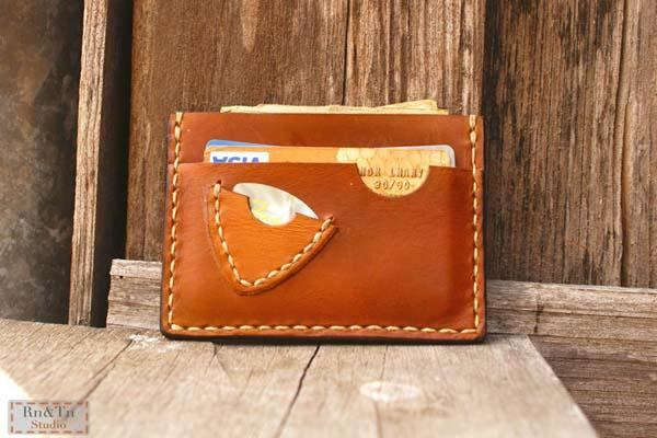 The Handmade Slim Leather Wallet with Guitar Pick Case