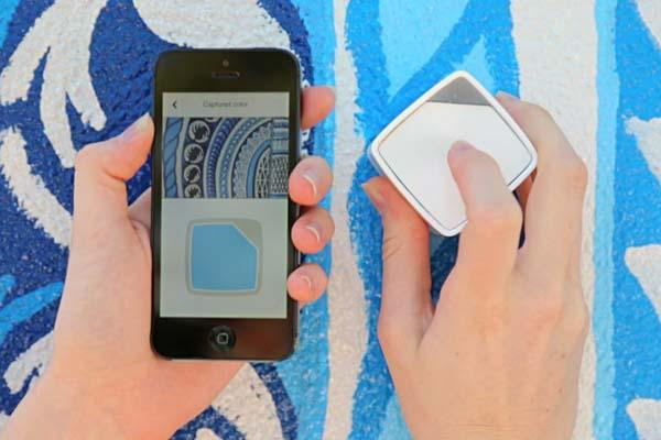 SwatchMate Bluetooth-Enabled Color Capturing Cube