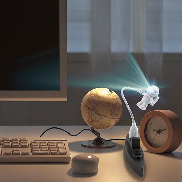 Astronaut USB LED Light