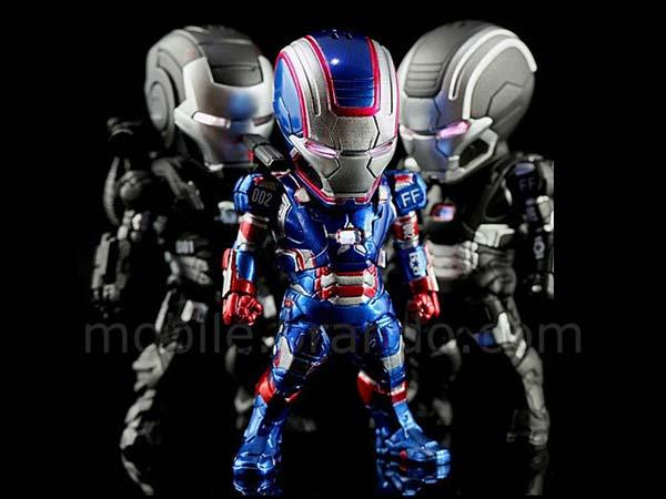 Iron Man 3 War Machine Troop Mini Figure Earphone Jack Accessory Set