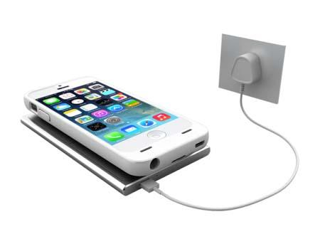 uNu Aero iPhone 5s Battery Case and Wireless Charging Mat