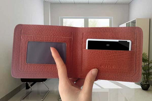 SmartWallit Pro Keeps Track of Wallet and Smartphone