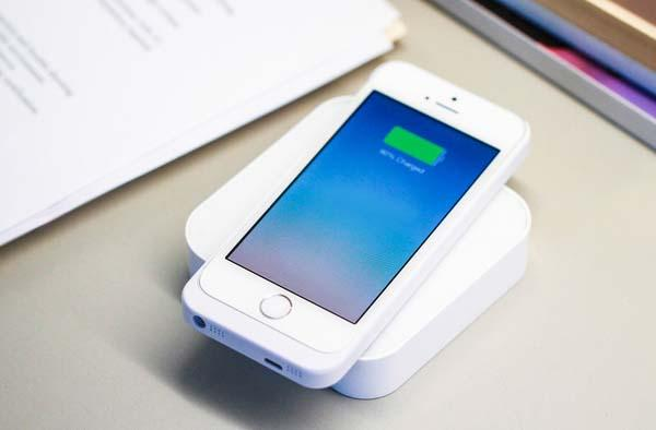 The ARK Portable Wireless Charger