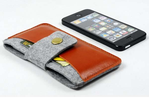 The Handmade Wallet-Style iPhone Sleeve
