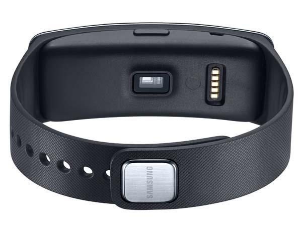 Samsung Gear Fit Fitness Tracker and Smartwatch Announced