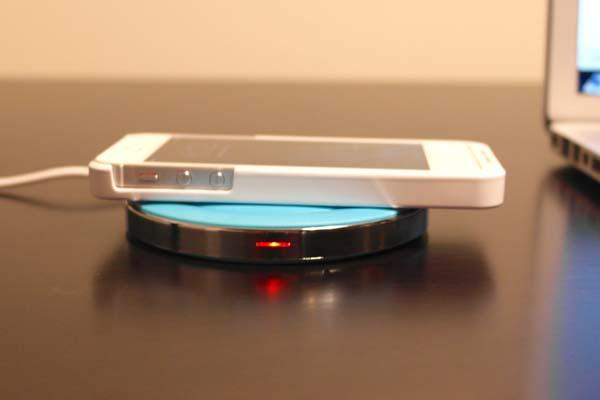 Wowhoo Qi Wireless Charger for Smartphone