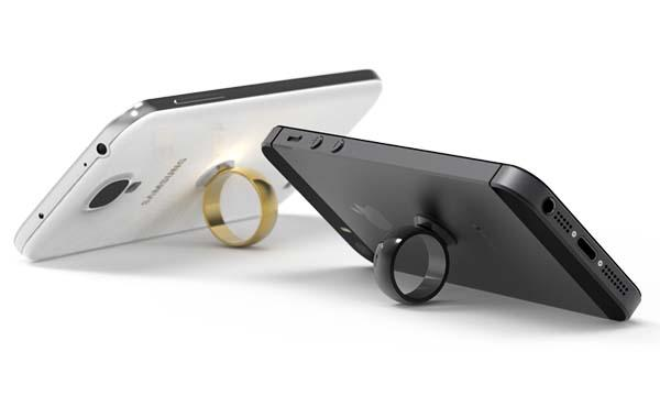 CELLTACK Wearable Smartphone Docking System