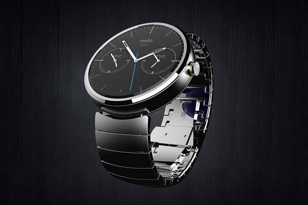 Motorola Moto 360 Smart Watch Powered by Android Wear