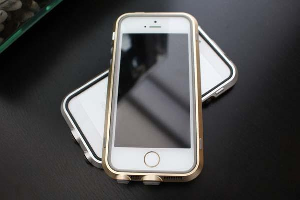 [BRIC+]xtreme Waterproof iPhone 5s Case