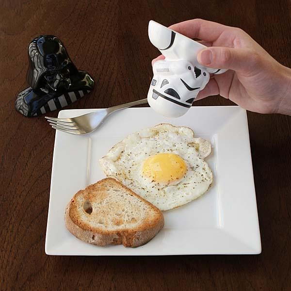 Star Wars Stormtrooper & Darth Vader Salt and Pepper Shakers
