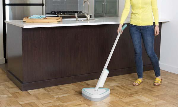 SwitchVac Robotic Vacuum with Detachable Handle