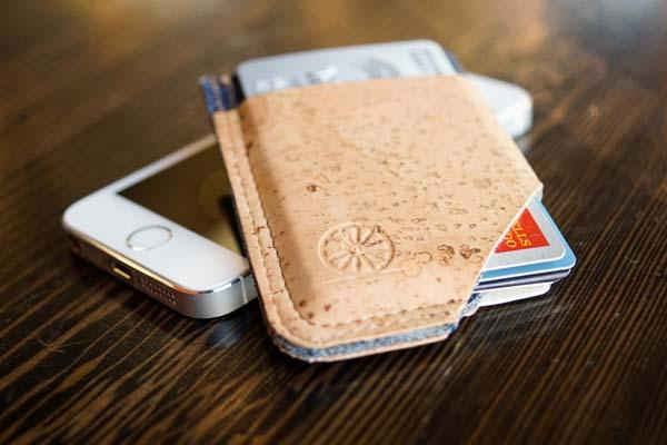 The Minimalistic SLIDE Cork Wallet