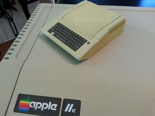 The 3D Printed Apple II Raspberry Pi Case