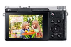 Samsung NX3000 Mirrorless Camera