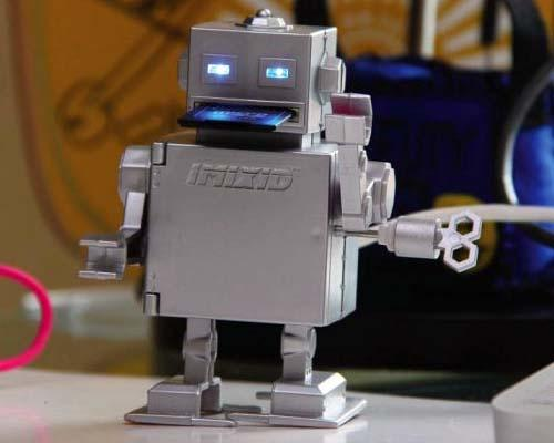 Mr. Roboto USB Hub with SD Card Reader