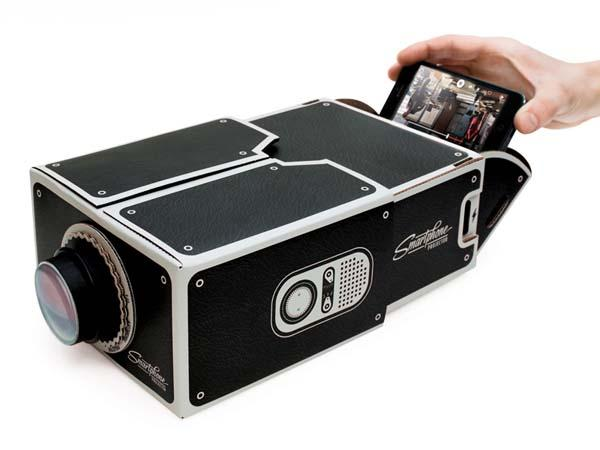 The Cardboard Projector for Smartphones