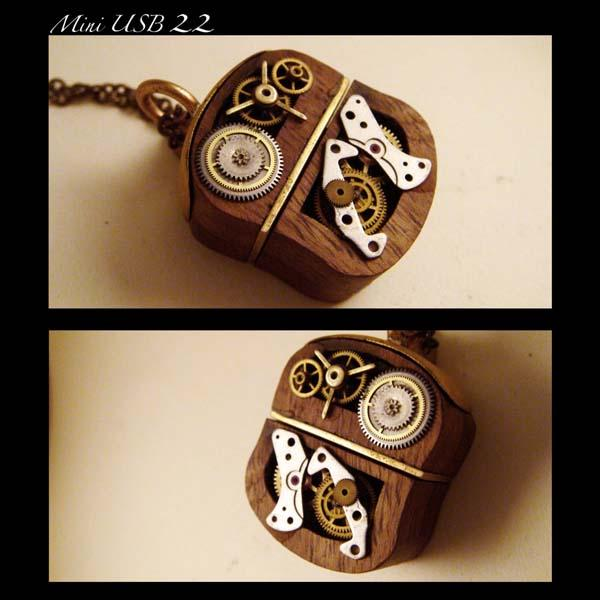 The Handmade Mini Steampunk USB Flash Drive Pendant