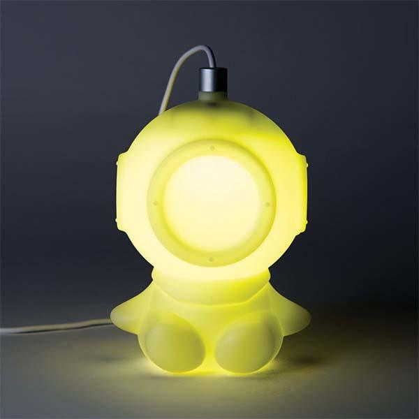 The Pretty Cute Diver Mood Light