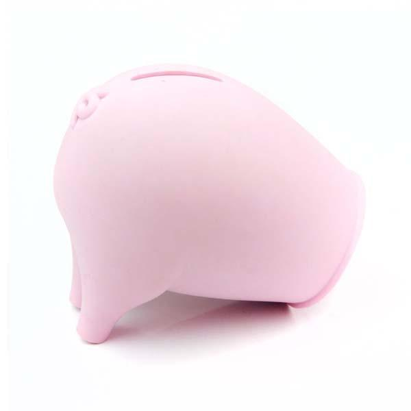 The Greedy Pig Turns Empty Containers into Piggy Banks