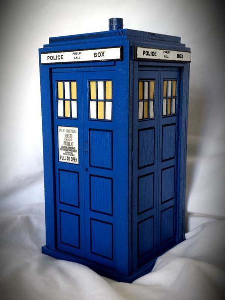 Doctor Who TARDIS Wood Coin Bank