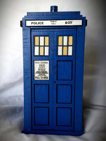 Doctor Who TARDIS Wood Coin Bank