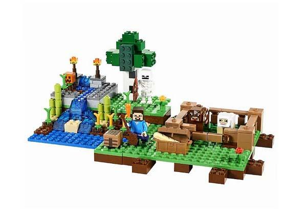 LEGO Minecraft The Cave and The Farm Sets Unveiled