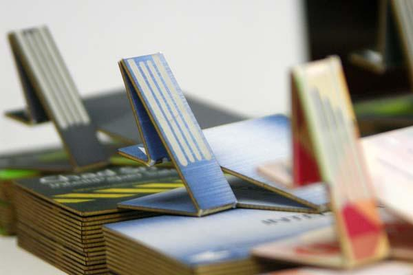SwivelCard Smart Business Card