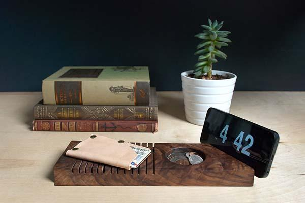 The Handmade Wooden Desk Organizer with Phome Stand