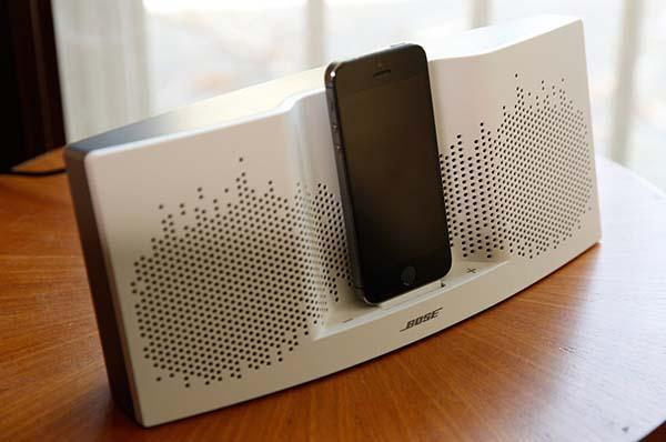 bose sounddock xt dock speaker for iphone and ipod with. Black Bedroom Furniture Sets. Home Design Ideas