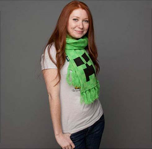Minecraft Creeper Green Scarf