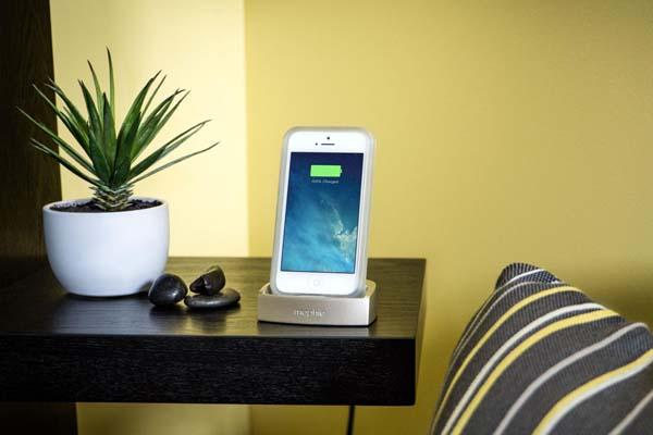 Mophie Desktop Dock Charging Station for iPhone 5/5s/5c