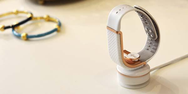 Olive Smart Bracelet Helps You Manage Stress Gadgetsin